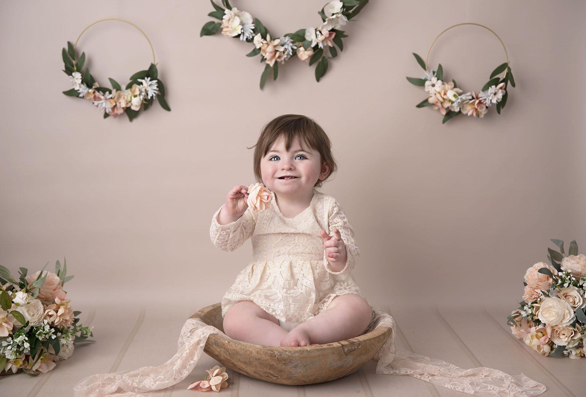 Floral hoop cake smash portrait bowl