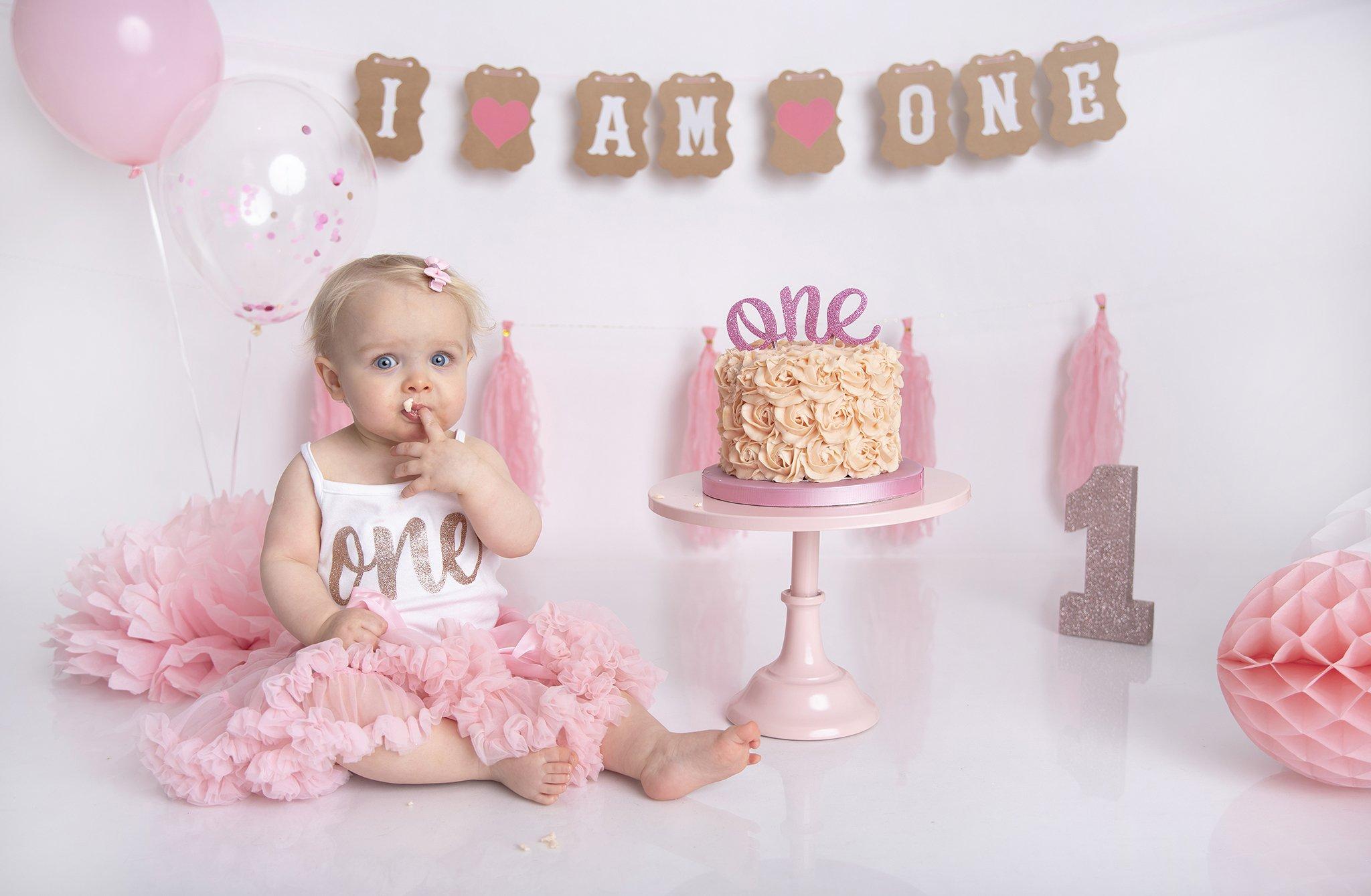 Pink cake smash girl
