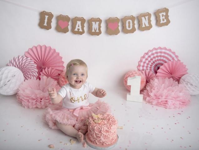 Pink girl cake smash