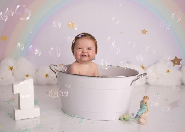 Rainbow mermaid cake smash bath