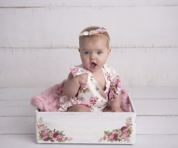 Sitter session floral box